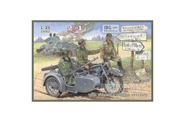 IBG MODELS 1/72  BMW R12 with sidecar Military - 2 in 1