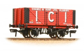 7 Plank Fixed End Wagon 'I.C.I. Chance & Hunt Ltd' OO Gauge