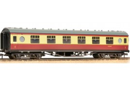 LMS 60FT Porthole Coach Open Vestibule BR Crimson & Cream (Weathered)