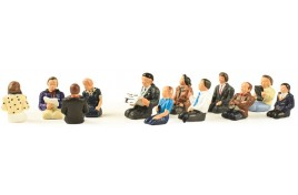 12 Legless Seated Coach Passengers OO Scale