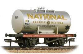 14T Class A Anchor-Mounted Tank Wagon 'National Benzole' Silver OO Gauge
