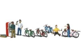 Bicycle Buddies HO Scale
