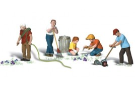 Lawn Workers HO Scale
