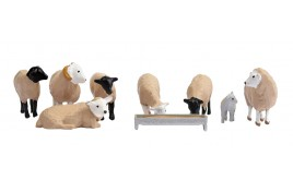 Sheep x 7, Lamb x 1 & Feed/Water Trough OO Scale