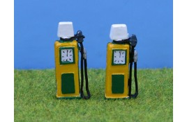 1950s Petrol Pumps BP Style x 2 - Painted OO Scale
