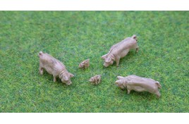 Pigs Adult x 3, Piglets x 2 OOScale