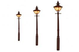 Taper Post Oil Lamp LMS Maroon (3) OO Scale