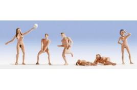 Nudists Playing Volleyball OO/HO Gauge