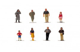 R7116 Town People OO Gauge