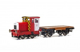 Ruston and Hornsby 48DS And Flatbed Wagon John Dewar And Sons 0-4-0 OO Gauge