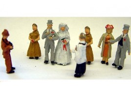 White Wedding Scene 8 Figures (Painted) OO Scale
