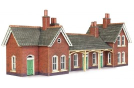 Country Station N Gauge