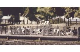 Cattle Dock Plastic Kit OO Scale