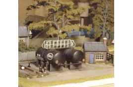 Oil Depot Plastic Kit OO Scale