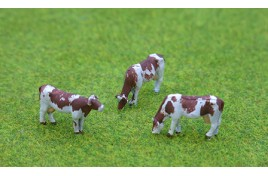 Cows Brown & White Pack of 3 OO Scale