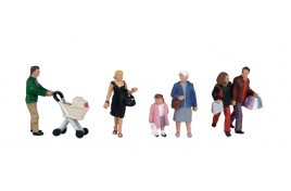 Shopping Figures x 6 with Child Buggy OO Scale