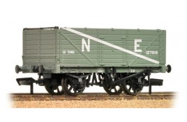 7 Plank End Door Wagon LNER Grey OO Gague