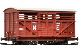 12 Ton LMS Cattle Wagon NE Brown OO Gauge