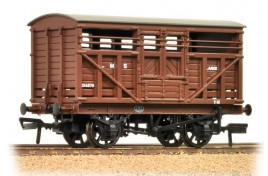 12 Ton Cattle Wagon LMS Bauxite OO Gauge