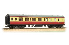 LMS 57 ft Porthole 3rd Class Corridor Brake Coach BR Crimson & Cream