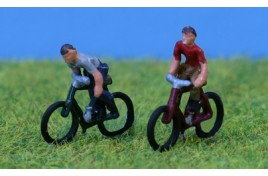 Bicycles with Riders x 2 N Scale