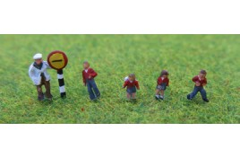 School Children x 4 & Crossing Patrol Man - Painted N Scale