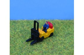 Gas Powered Fork Lift Truck  N Scale