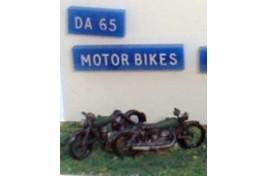 Motorbikes x 2 (unpainted) OO Scale