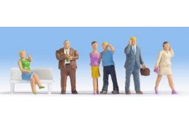 People with Cell Phones (without bench) x 6 OO/HO Scale