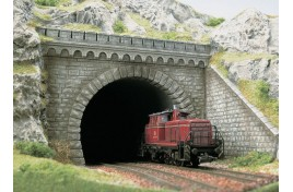 Double Track Tunnel Portal with Wing Walls HO/OO Scales