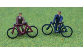 Bicycles & Riders x 2, Painted OO Scale
