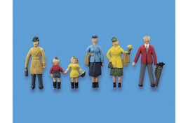 Standing Passengers x 6 Set A OO Scale
