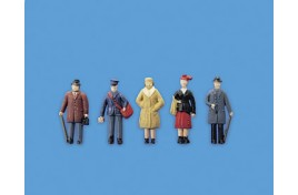 Standing Passengers x 5 Set B OO Scale