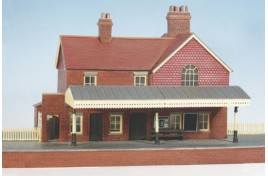 Brick Built Country Station Plastic Kit Craftsman Series OO Scale