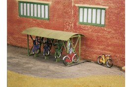 Bicycle Shed with Bicycles Plastic Kit OO Scale