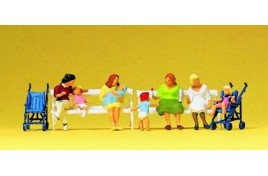 Seated Women x 4 on 2 Benches with 2 Pushchairs OO/HO Scale