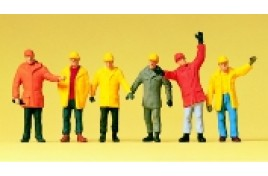 Workers in Protective Clothing x 6 OO/HO Scale