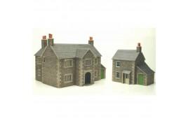 Manor Farmhouse Card Kit OO Scale
