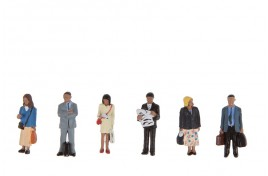 Station Passengers Standing x 6 OO Scale